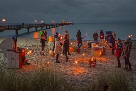 Ostseeküste Schleswig-Holstein: Farbenfrohes Spektakel